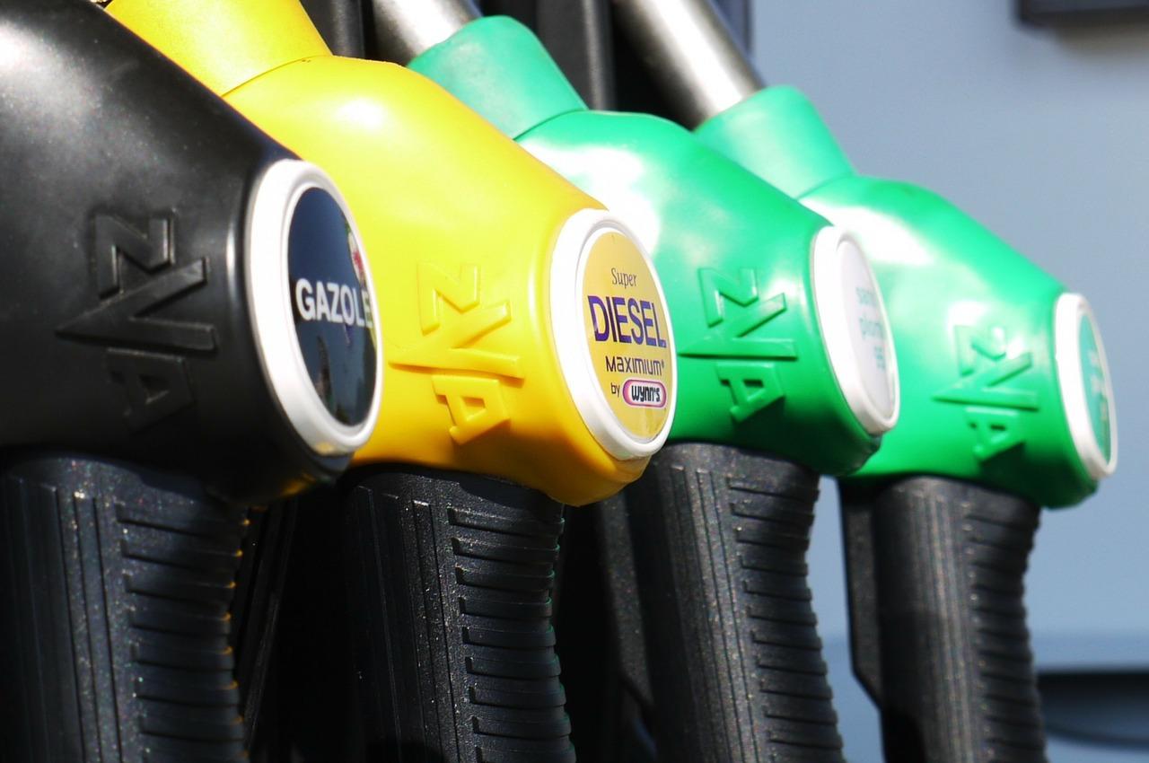 Базовой причиной перехода на ГМТ является сравнительно низкая стоимость: газ стоит в среднем в 2-3 раза дешевле традиционных видов топлива - бензина и дизеля.